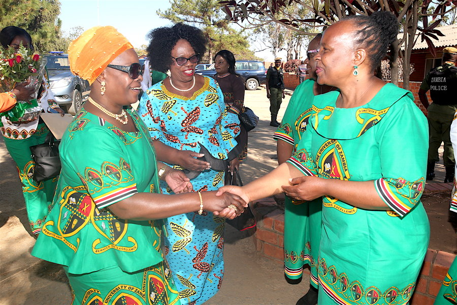 Prof Enala Mwase welcoming the First Lady Madam Esther Lungu